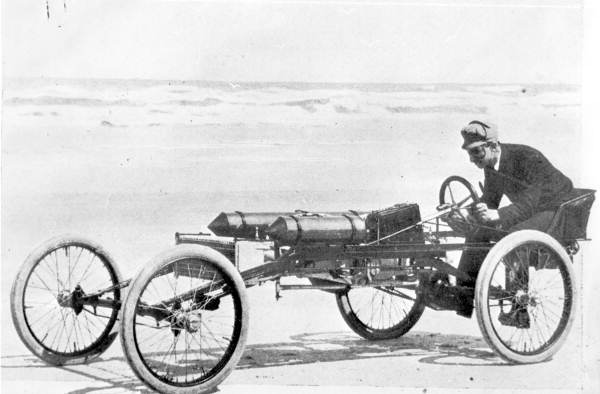 RansomEliOlds-Olds-Pirate-racingcar-1897-8.jpg